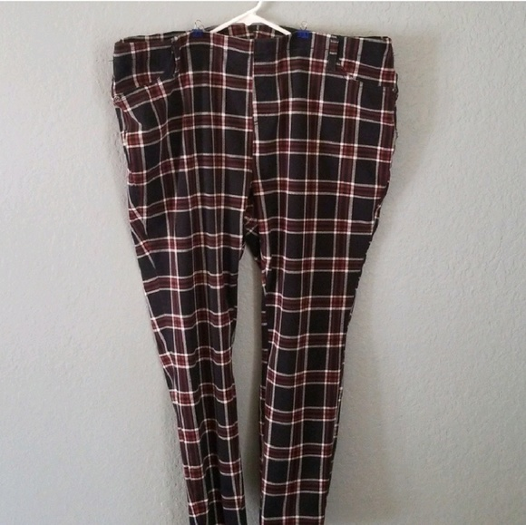 29712ca9d13f0 Faded Glory Pants | Black White Red Plaid Jeggings With Pockets ...